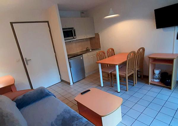 salon appartement 103 résidence les silènes