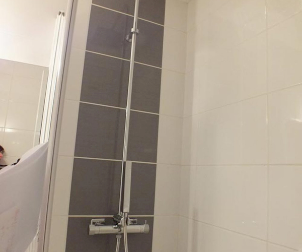 salle de bain appartement 214