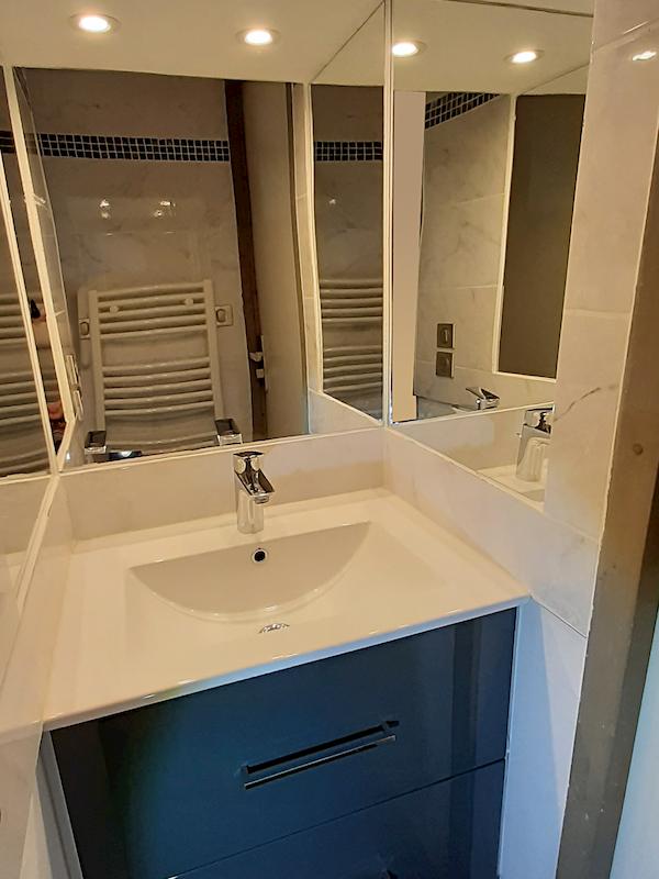 salle de bain appartement 217 les silènes