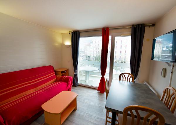 séjour avec balcon appartement 311