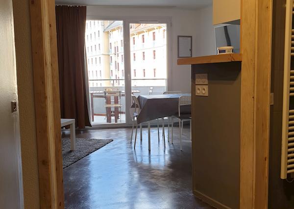 pièce à vivre appartement 407