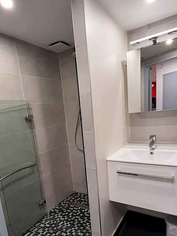 salle de bain appartement 415 allevard